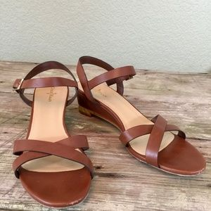 Cole Haan caramel brown strappy wedge gold heel 9B